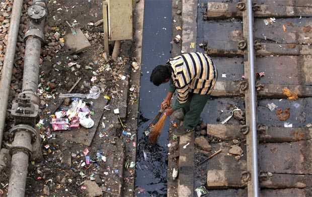 We want to ban manual scavenging, but don't mind shitting on the tracks. PC: Tehelka.
