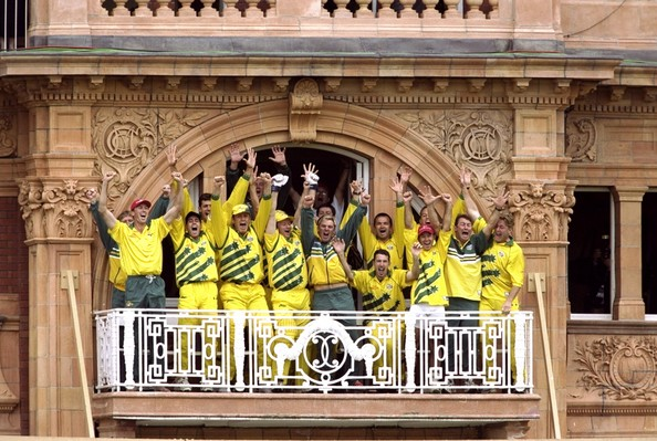 A picture of the Australian team with the World Cup.